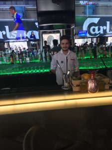 Estágios | Empregado de bar | Bartender